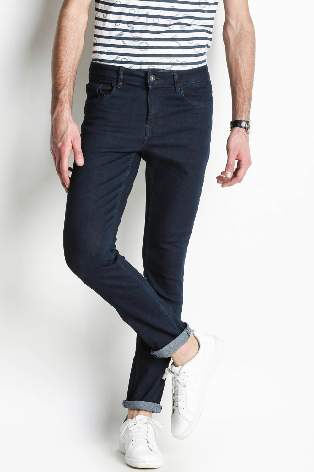 273cc6cda9 Buy Men Jeans Online in India - Best Jeans for Men